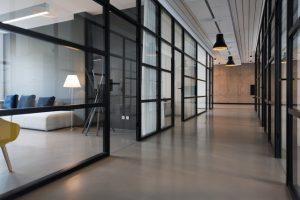Manet est spécialisé dans l'entretien des bureaux commerciaux dans le 06